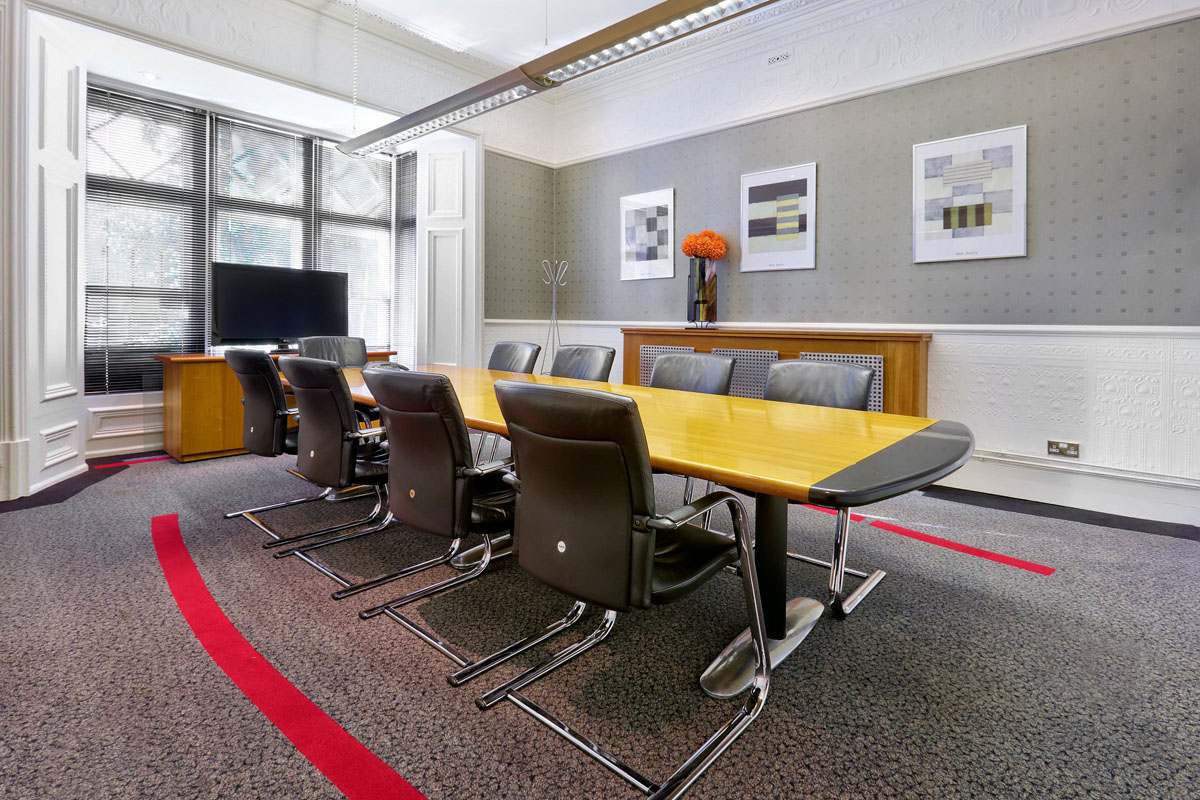 serviced-office-cardiff-sophia-house-Boardroom
